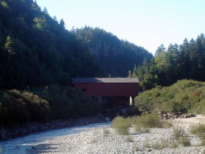 Red covered bridge at Point Wolfe